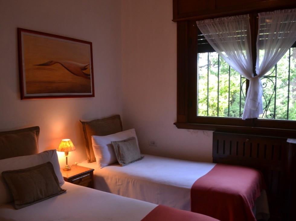 Departamento camas y ventana